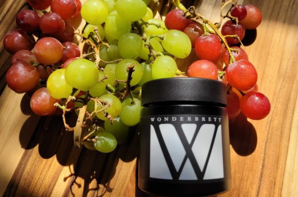 Wonderbrett Grapes of Wrath Review. Emjay.